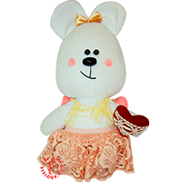 Flirt toy lady bear with red heart