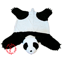 Individual sewing of decorative rug panda